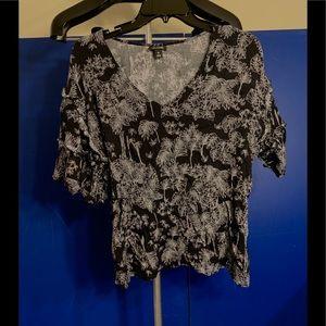 Ana blouse ruffles